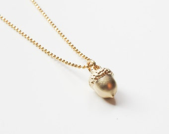 Acorn Necklace | Gold Acorn Necklace | Woodland Necklace | Layering Necklace | Dainty Necklace | Fall Wedding | Gift for her