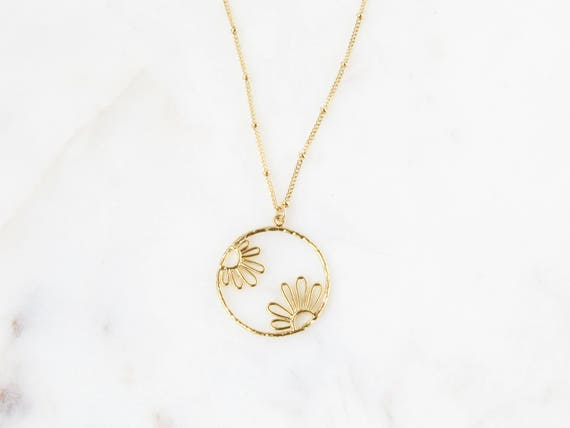 Flower Necklace |  Daisy Necklace  | Boho Necklace | Statement Necklace | Birthday Gift | Long Necklace | Gold Necklace | Gift for Her