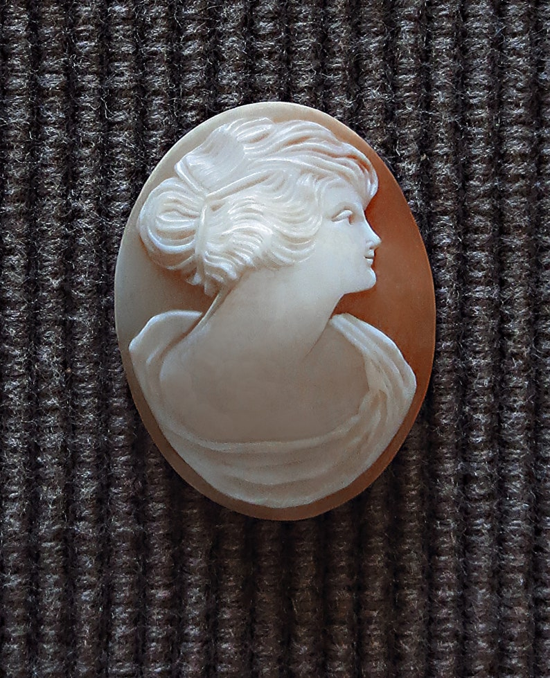 Antique Estate CAMEO Hand Carved Shell  Unset High Relief