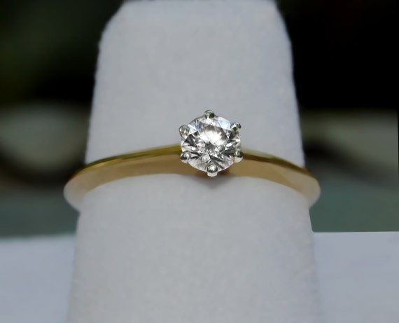 bague solitaire or blanc tiffany