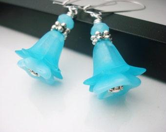 Sky Blue Earrings, Flower Earrings, Bright Jewelry, Blue Earrings, Beaded Earrings, Lucite Earrings, Czech Glass, Floral Earrings, Aqua Blue