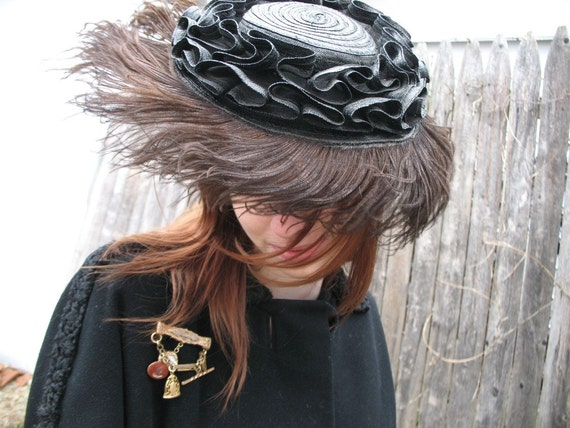 Holly-Vogue Ostrich Feather Hat
