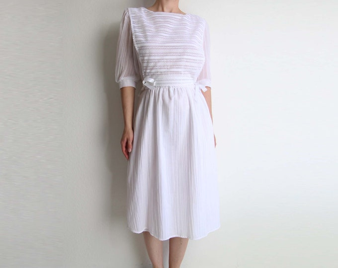 Vintage White Dress 1970s Pinafore Womens Small