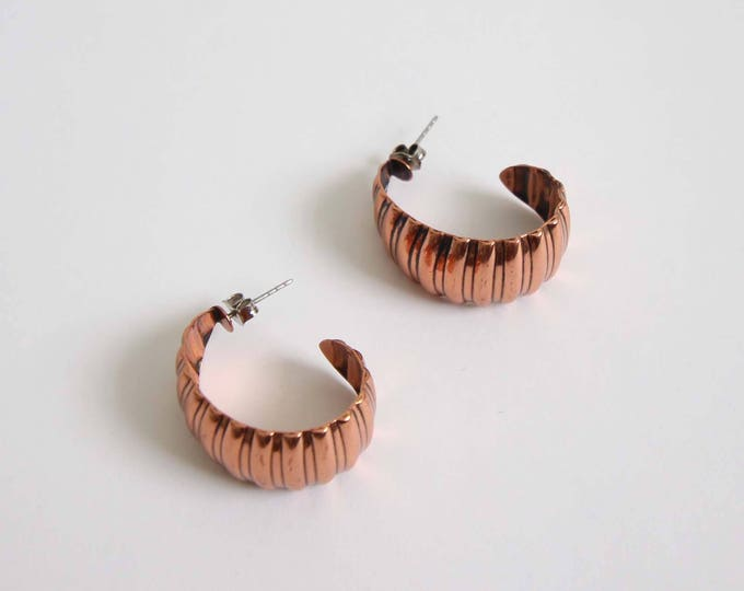 Vintage Copper Earrings Crescent Small Piereced