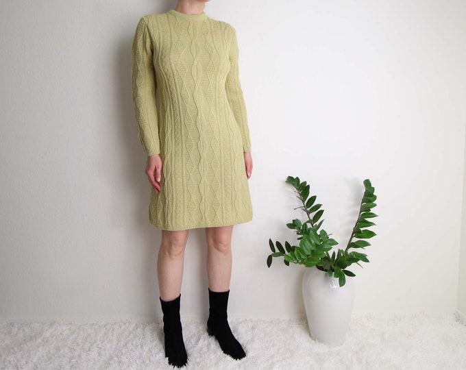 Vintage Sweater Dress Womens Small 1960s Mod Wool Pistachio Green