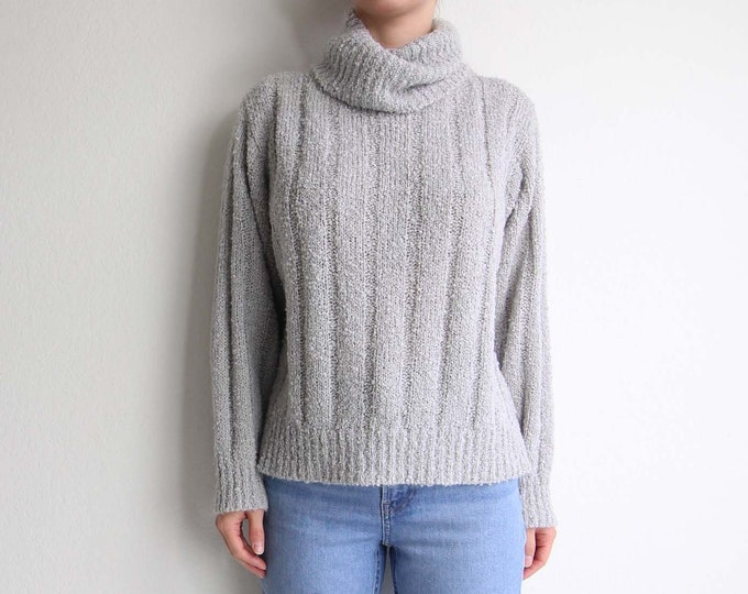 Vintage Turtleneck Sweater 1980s Boucle Knit Gray Womens Medium