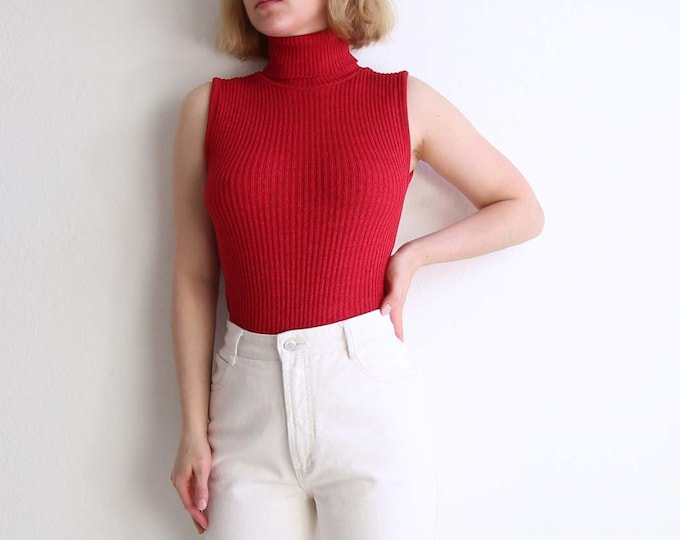 Vintage Sleeveless Turtleneck Womens Top Ribbed Knit Raspberry Small