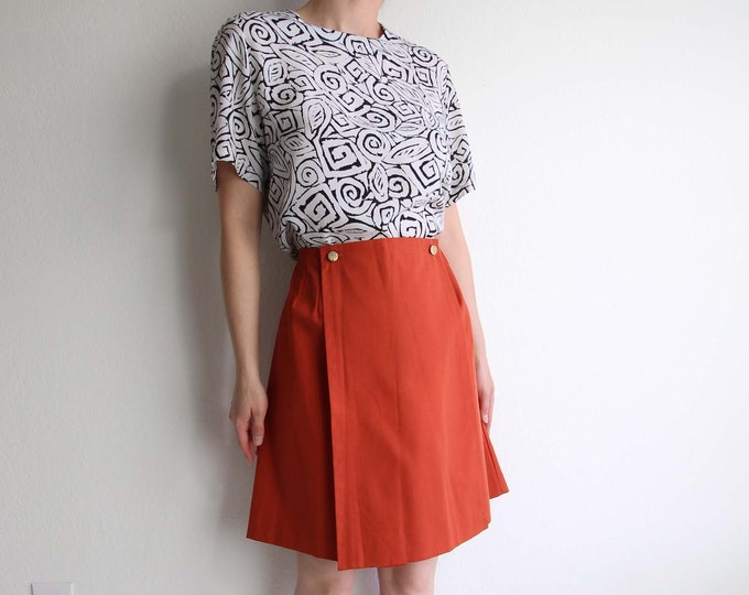 Vintage Womens Shorts Large 1960s Burnt Orange Skirt Mod