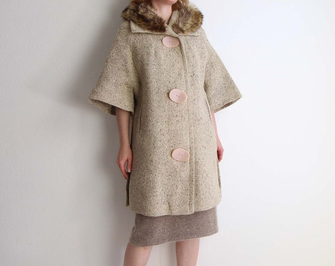 Vintage Coat Womens Small Fur Collar Wool Tweed Shortsleeve
