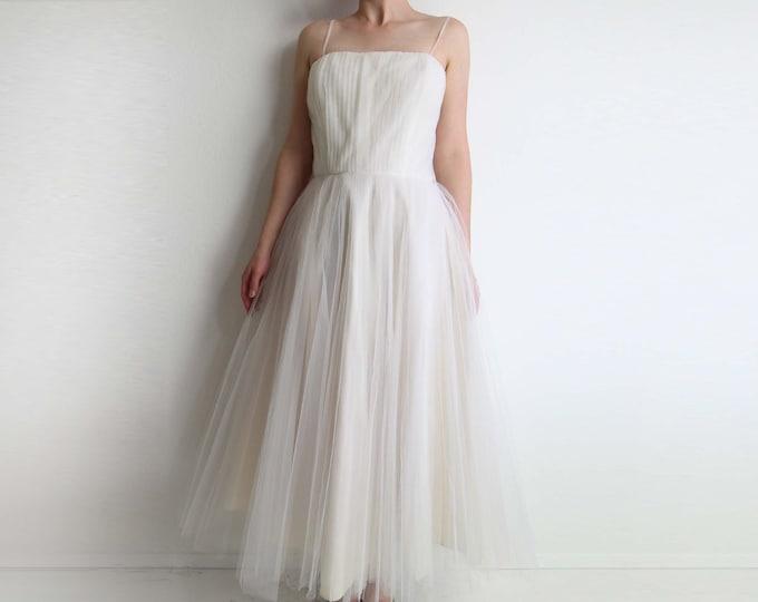Vintage 1950s Wedding Dress White Gown Tulle Full Skirt Womens Small