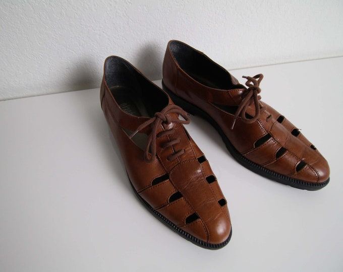 Vintage Oxford Shoes Womens Size 9 Brown Leather Cutout Womens Shoes