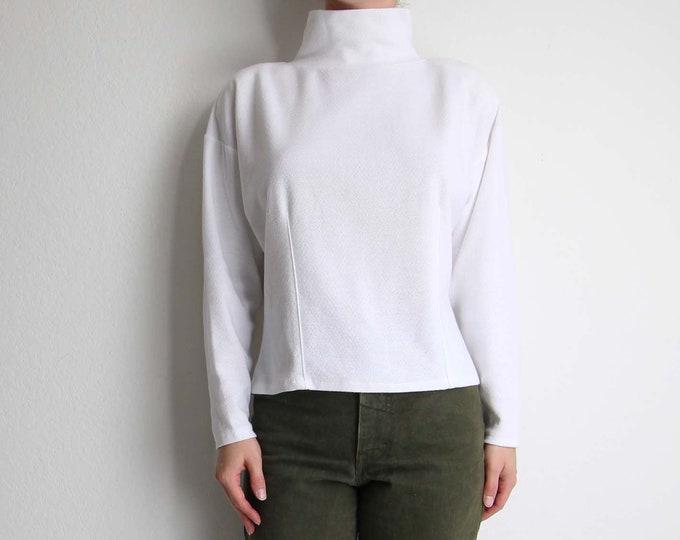 Vintage Womens Top White Mock Neck Longsleeve Shirt Medium