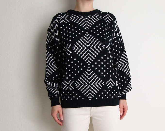 Vintage Sweater 1980s Black White Geometric Knit Jumper Womens Large