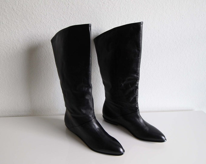 Vintage Boots Black Leather Tall Womens Shoes Size 8 Flat
