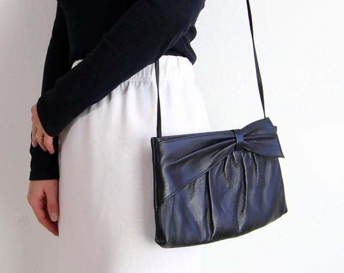 Vintage Purse Black Leather Purse 1980s Bow Shoulder Bag