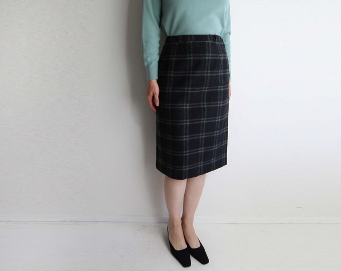Vintage 1950s Skirt Plaid Pencil Skirt Green Black Womens Small