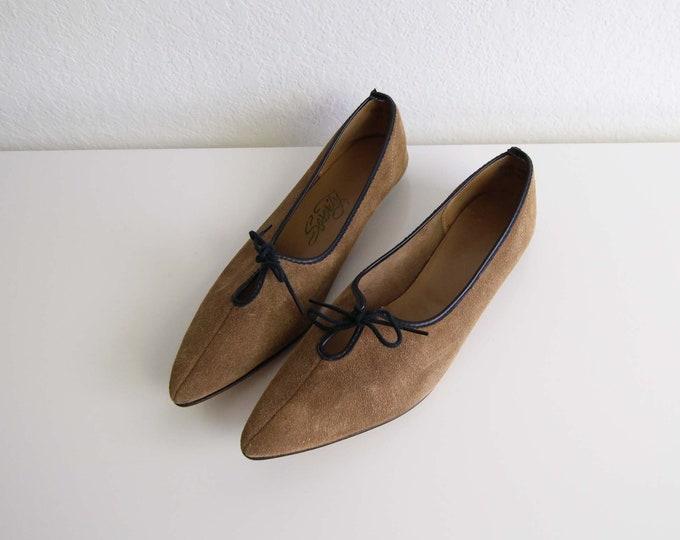 Vintage Womens Shoes Size 6.5 Brown Suede 1960s Pixie Flats