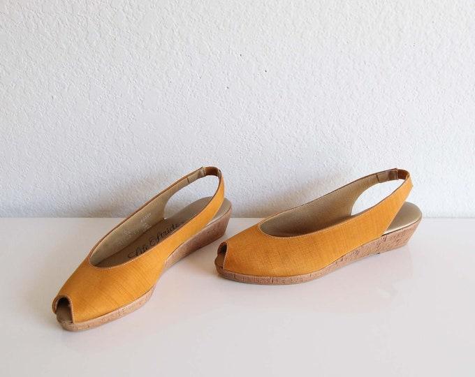 Vintage Sandals Womens Shoes Size 5 1970s Wedge Heels Peeptoe Slingback Yellow