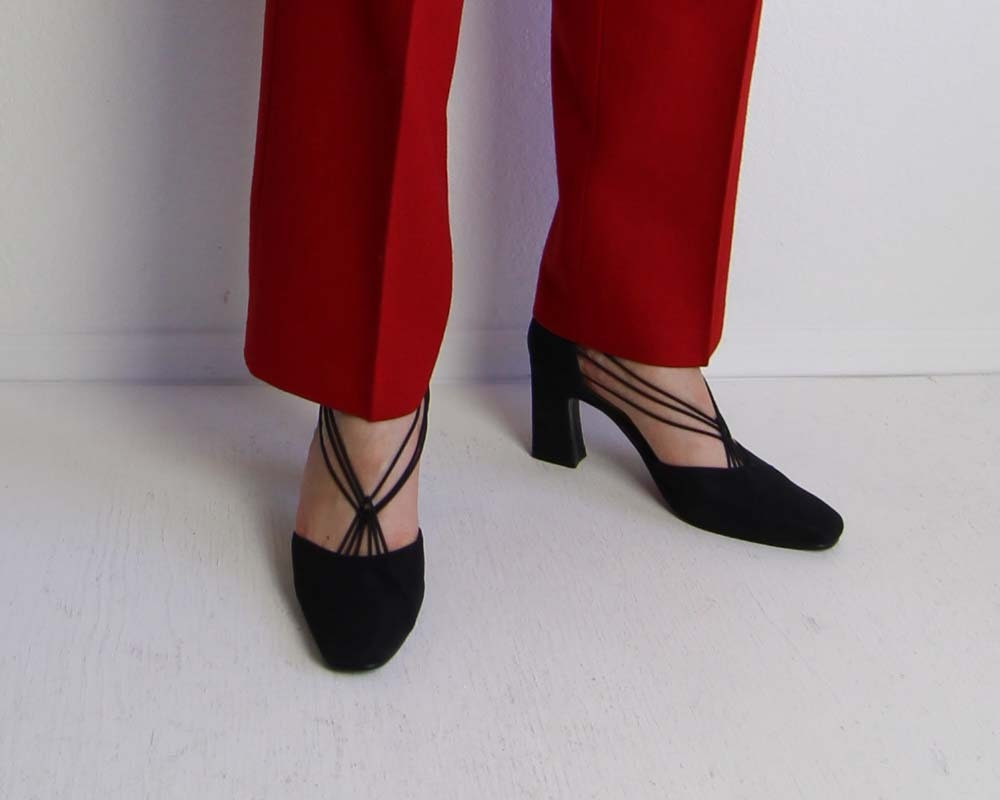 Vintage Shoes Womens Pumps Black Heels 1990s Strappy Heels Fabric Pumps Womens Size 7 65a08f