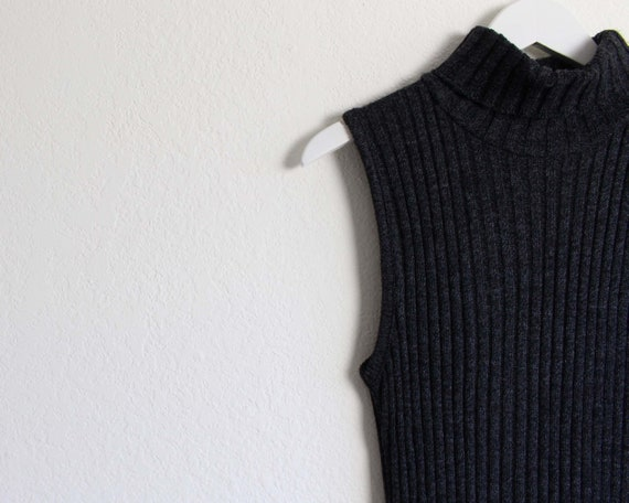 Vintage 1990s Dress Ribbed Knit Gray Sleeveless T… - image 9