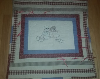 Raggedy Ann & Andy Wall Hanging