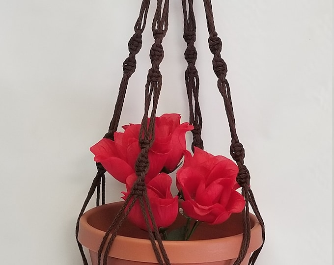 Macrame Plant Hanger 30 inch Spiral Style 4mm Brown cord (Choose Color)