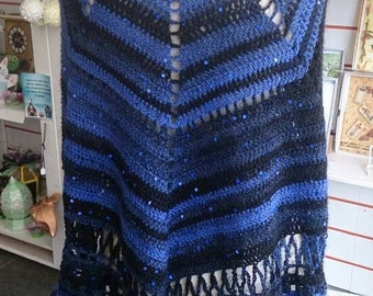 A beautiful Shawl crochet evening wear purple black sequin
