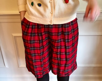 Sz 4 Bonkers Red and Black Plaid 1980s Vintage Shorts