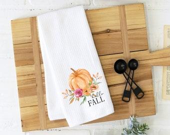 hello fall kitchen towel, pumpkin towel, fall kitchen towel, autumn kitchen towel, hostess gift, housewarming gift