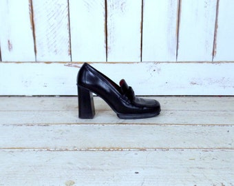 d562e0e6799 Donald Pliner black leather penny loafers high stacked heel penny loafers square  toe loafers 9 N