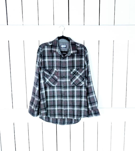 Vintage grey tartan plaid  wool button down flanne