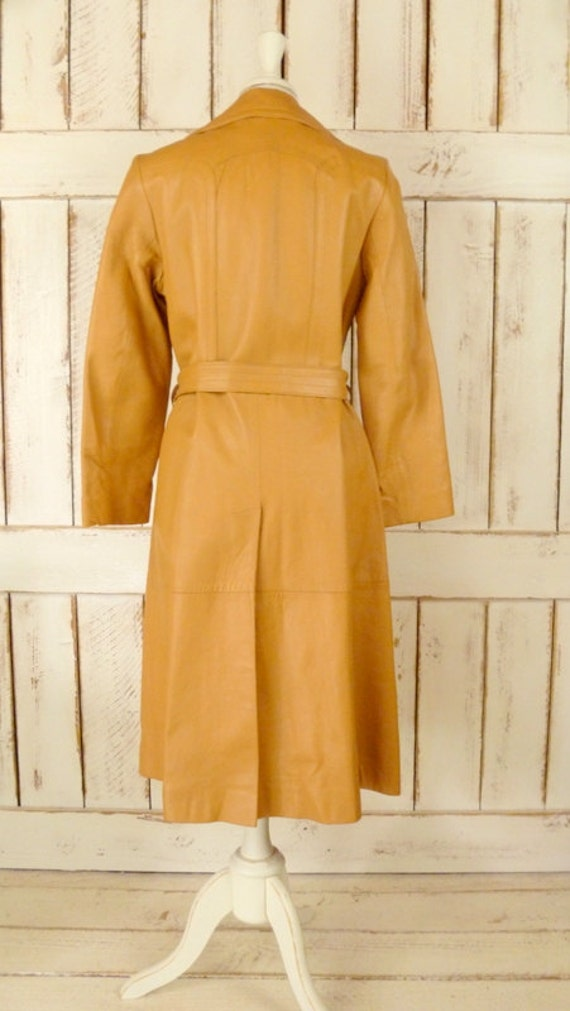 1970s vintage camel/tan leather trench coat - image 3
