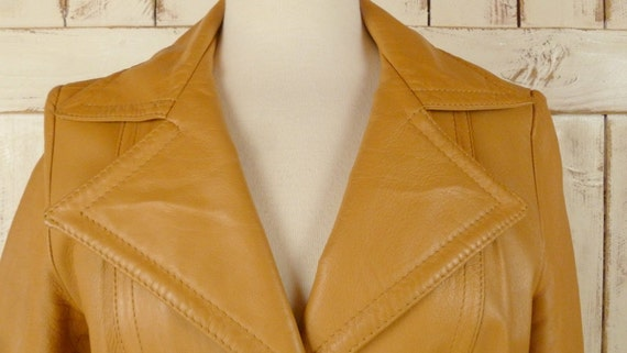 1970s vintage camel/tan leather trench coat - image 2