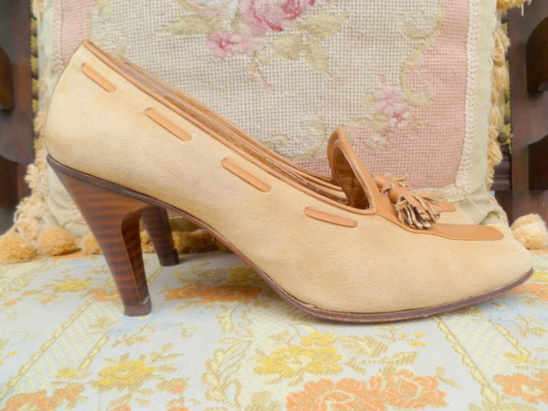 4f2c5766e5cf6 Vintage tan brown suede and leather high heel tassel loafers/38.5