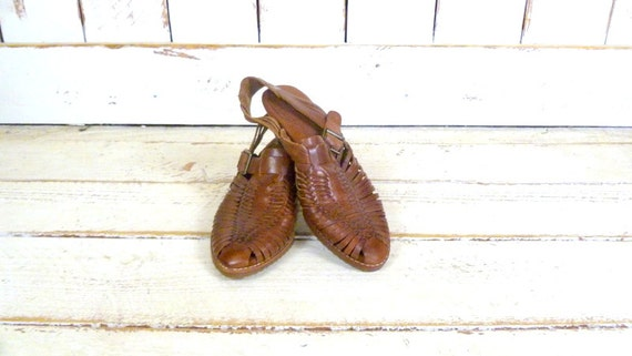 Vintage brown huarache style woven leather sandals