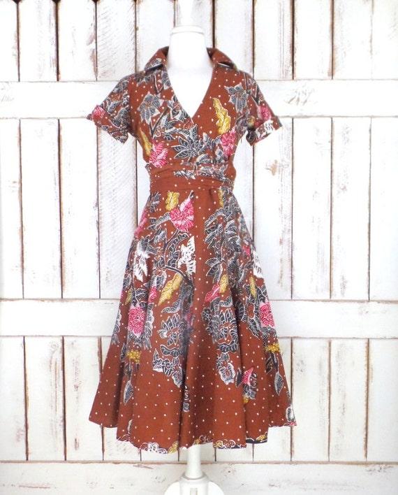 Vintage Bali brown cotton batik tribal print flora