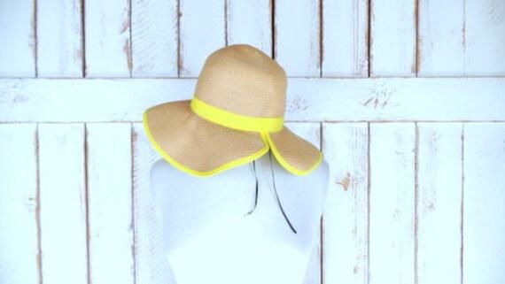 Tan/yellow polka dot paper straw floppy sun hat/vi