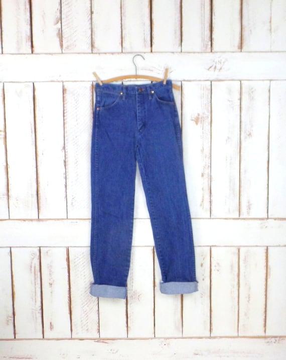 Wrangler high waisted straight leg blue denim vint