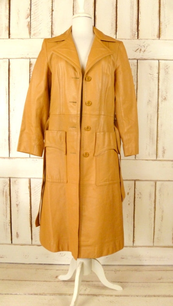 1970s vintage camel/tan leather trench coat - image 4