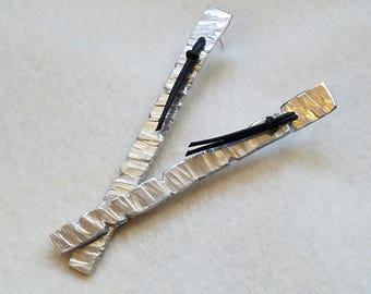 Long hammered aluminum earrings, edgy jewelry, modern, minimalist, silver dangle earrings, leather