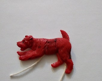 vintage 40s 50s red dog plastic Celluloid brooch pin VLV