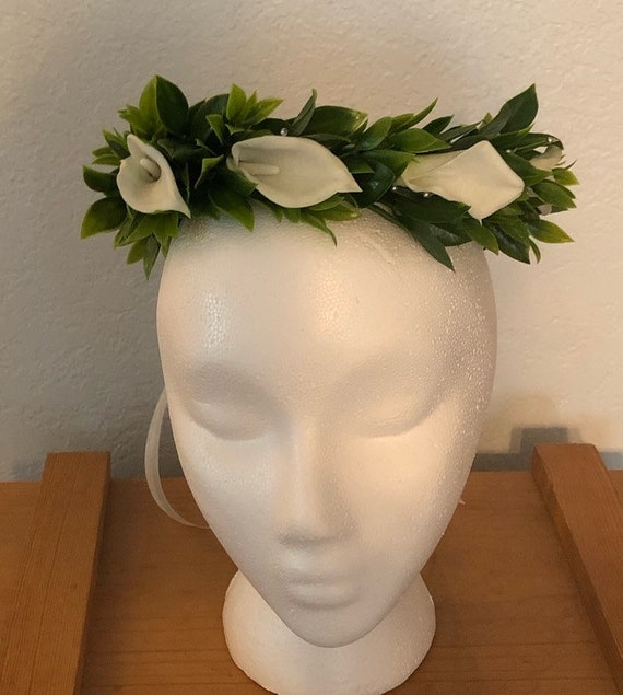 Real touch calla lilly halo wreath