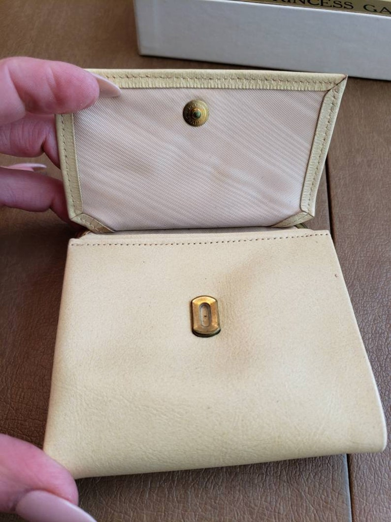 Vintage Dead Stock in the Original Box Princess Gardner Leather Wallet and Leather Key Case Gift Set 1960s Cream Yellow Accessories