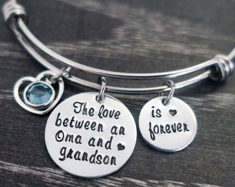 Charm Bracelet / Oma / Grandmother Bracelet  / Wire Bangle / Grandma Jewelry / Grandkids Bracelet