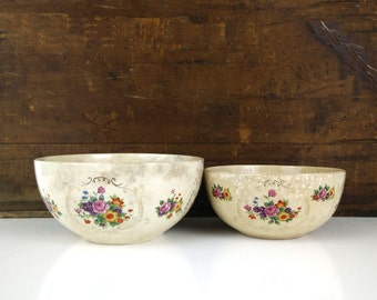 Antique Serving Bowls made in Japan / Shabby Cottage Decor