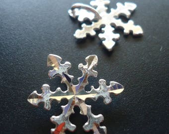 Sterling Silver Diamond-cut Snowflake Slider Pendant with Integrated Hidden  Bail 08b1c4937364