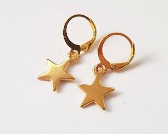 goldtone star earrings - minimalistic jewelry