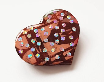 heartshaped wooden pin or brooche with pink print and pink glitter -  jewellery special gift for your sweetheart