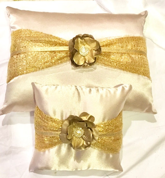 sweet sixteen quinceanera set kneeling tiara pillow red and champagne color satin