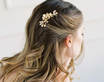 Gold bridal comb, Brass Leaves Hair Piece, Botanical Bridal Headpiece, Petitie Wedding Hair Piece, Wedding Hair Accessory - TRINETTA